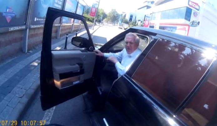 Aziz Yıldırım'ın trafikte tartışması kamerada