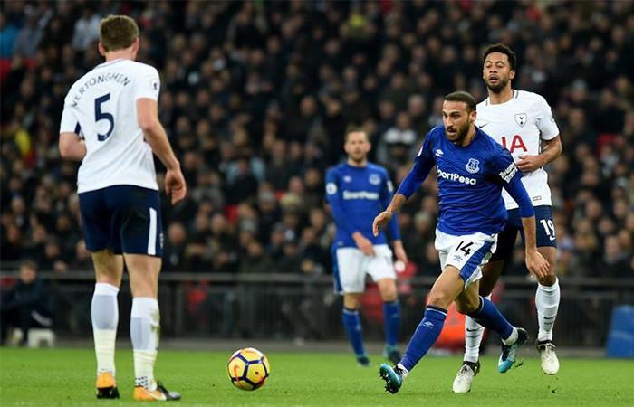 Cenk Tosun'lu Everton deplasmanda kaybetti