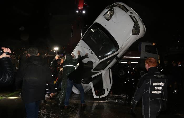 Ordu'da polis aracı denize düştü: 1 ölü, 1 yaralı