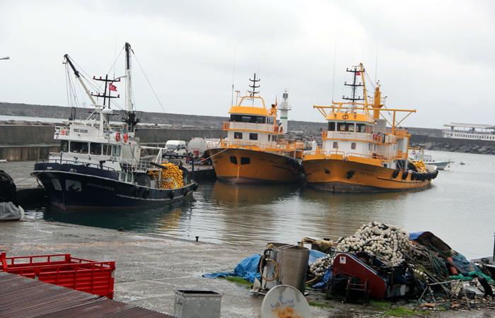 Tekneler sezonda limanlara demir attı