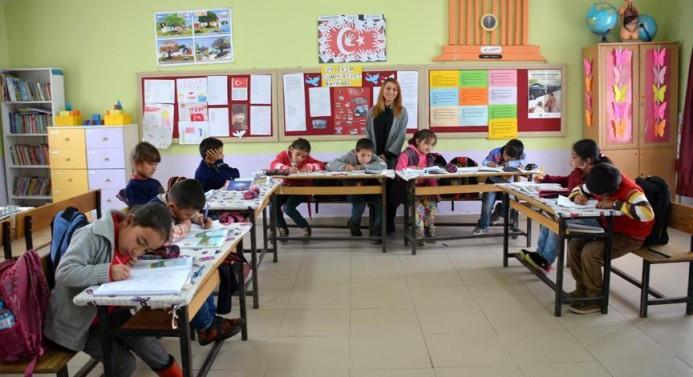 Öğretmenlere ek atama müjdesi