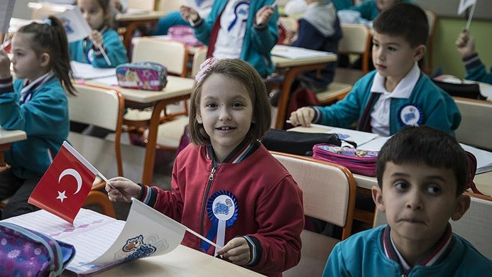 'İlkokullarda okul yemeği programına başlanacak'