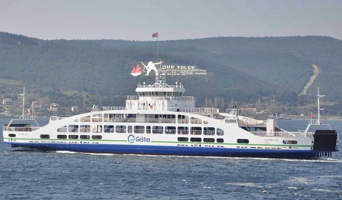 Kuzey Ege'de deniz ulaşımına fırtına engeli