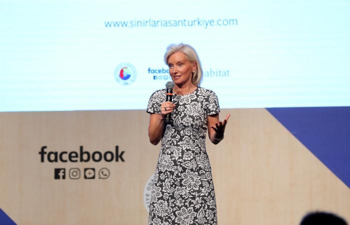 Türkler sınırları Facebook ile aşacak