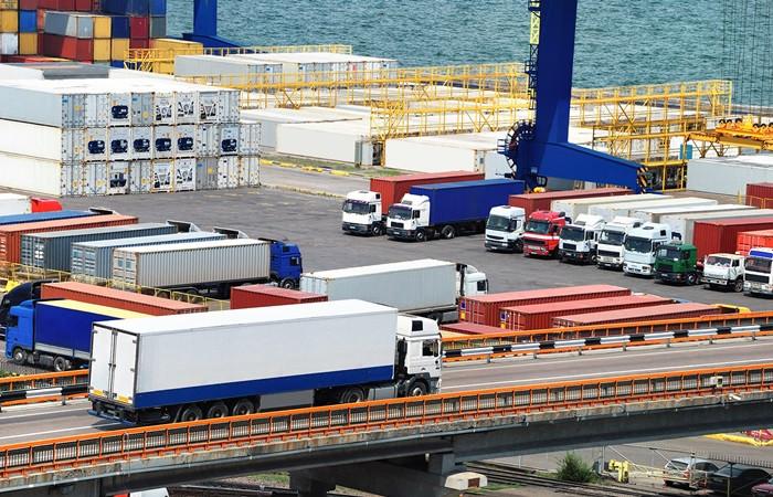 Dış ticaret açığı yüzde 94 azaldı