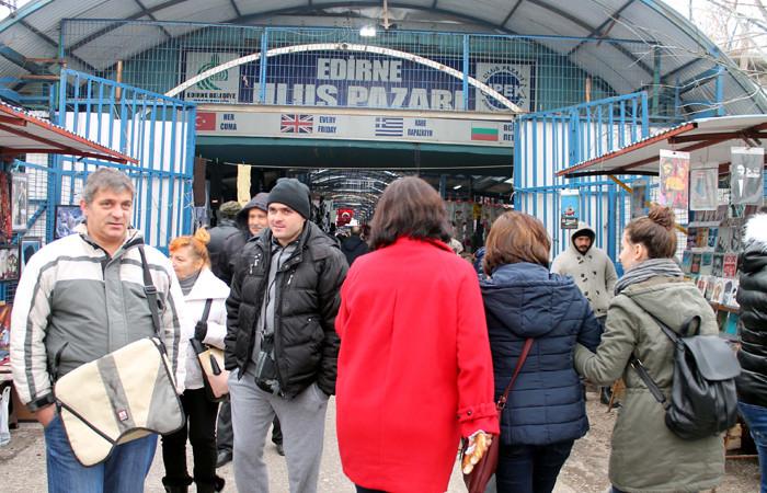 Yunan ve Bulgar turistler Edirne'de Noel alışverişinde
