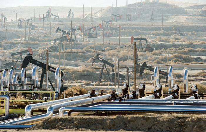 ABD'de kule sayısı arttı, petrol fiyatı düştü