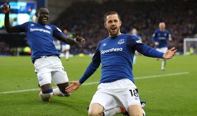 Everton ikinci yarıda açıldı