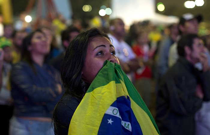 Fitch, Brezilya'nın notunu kırdı