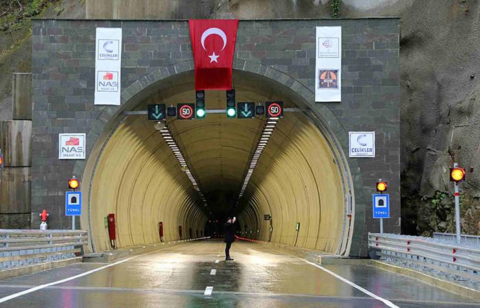 Cankurtaran Tüneli ulaşıma açıldı
