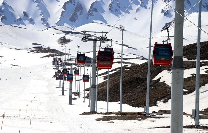 Erciyes'te kayak sezonu uzadı
