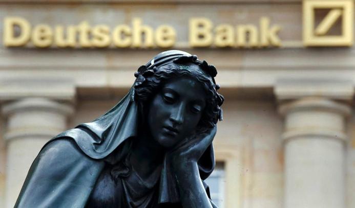 Deutsche Bank'tan 28 milyar euroluk hata