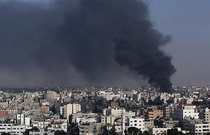 İsrail'den Gazze sınırına hava saldırısı: 1 ölü