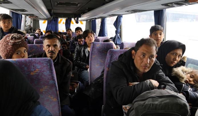 Afganistanlılar ülkelerine geri gönderiliyor