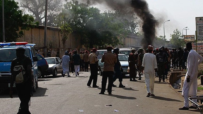 Nijerya'da camiye intihar saldırısı: en az 24 ölü