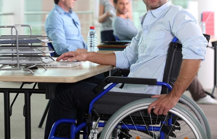 'Yılın son 3 ayında 2 bin 500 engelli atanacak'