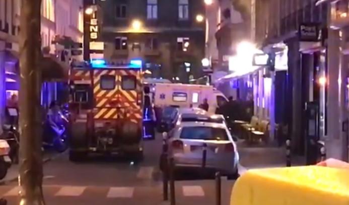 Paris'te yayalara bıçaklı saldırı: 1 ölü