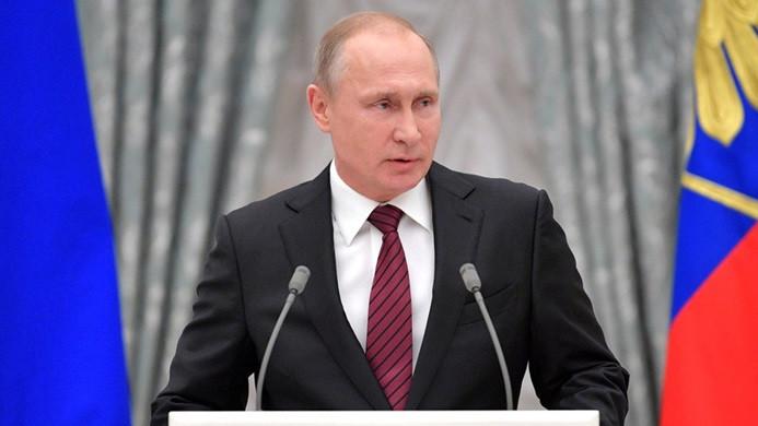 Putin: Füze yüklü savaş gemileri, Akdeniz'de nöbet tutacak
