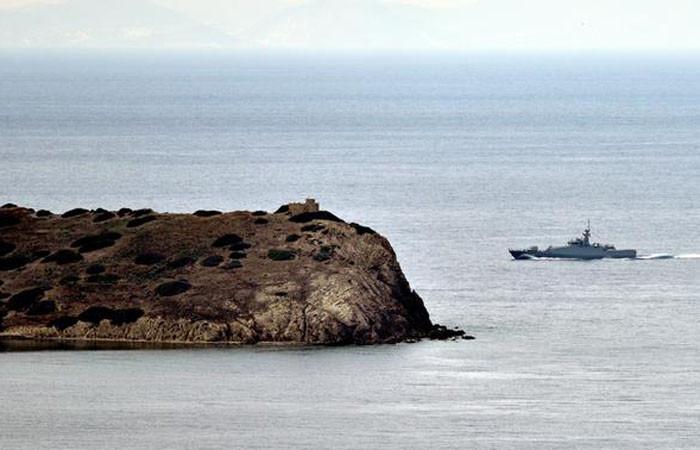 Ege'de Türk gemisi ve Yunan hücumbotu çarpıştı