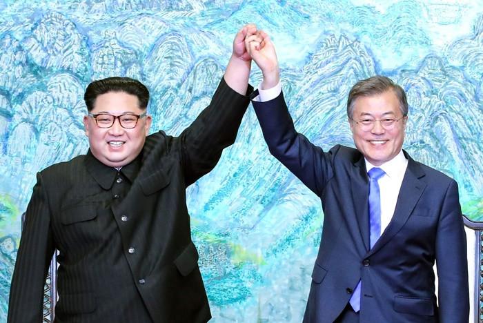 Güney ve Kuzey Kore'den askeri alanda hamle