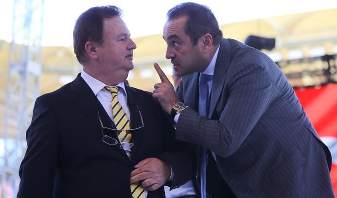 Fenerbahçe kongresinde gerginlik
