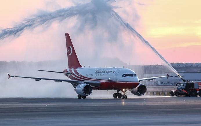 3. havalimanına ilk iniş Erdoğan'dan
