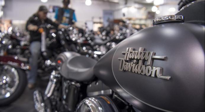 Trump'tan Harley-Davidson'a eleştiri