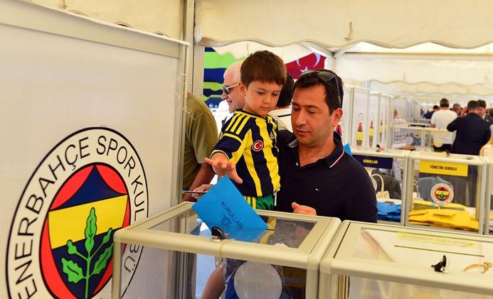 Fenerbahçe kongresinde rekor katılım