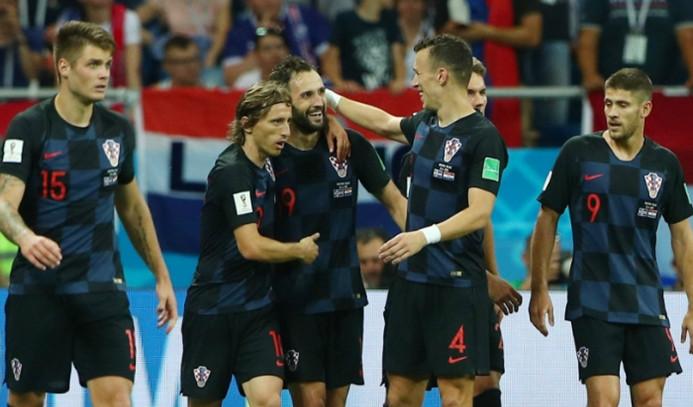 Hırvatistan, penaltılarla çeyrek finalde