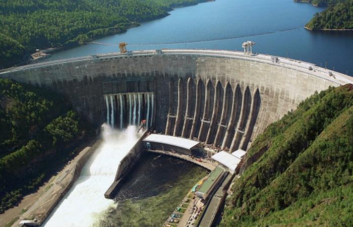 Adalı, Makedonya'da baraj inşa edecek