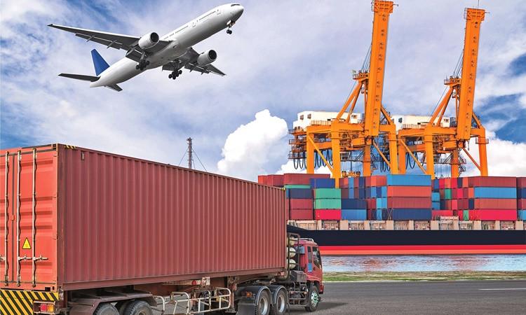 Dış ticaret açığı ilk yarıda 40.7 milyar dolar