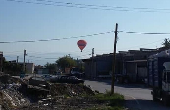 Sıcak hava balonu, hava muhalefeti nedeniyle sürüklendi