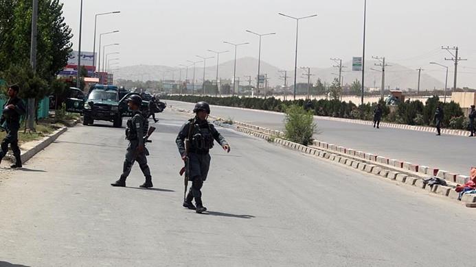 Afganistan'da Cumhurbaşkanlığı Sarayı yakınlarına roketli saldırı