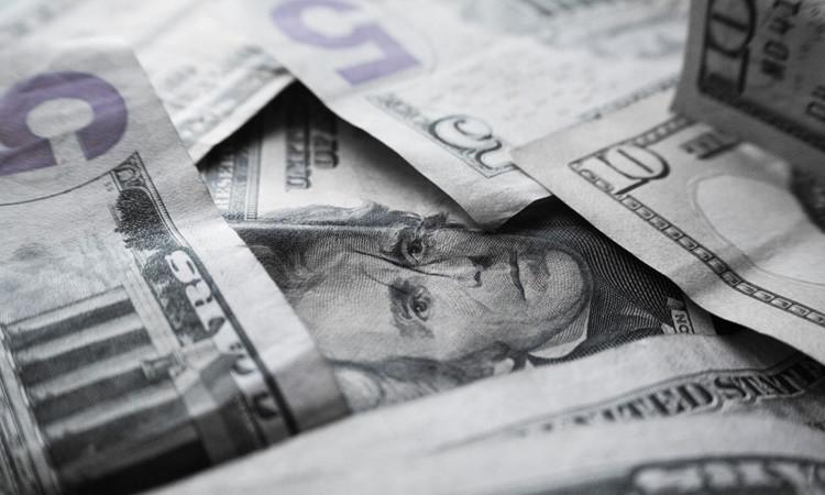 Yatay açılan dolar, hareketlendi