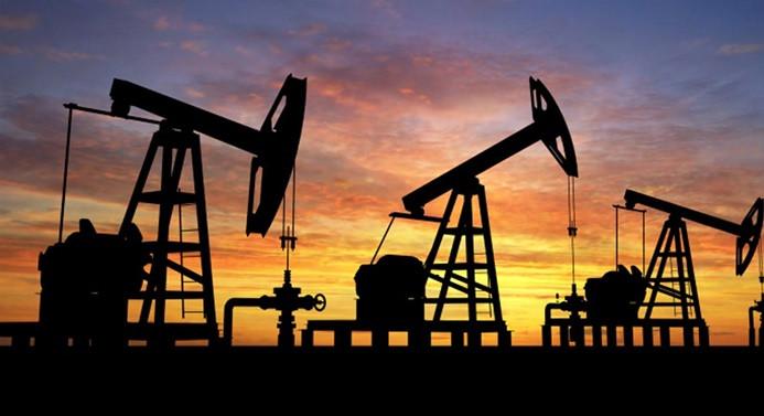 """""""Küresel petrol piyasası bu yıl sonunda daralacak"""""""