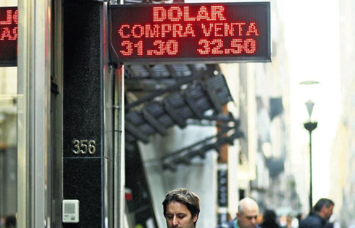 Arjantin'de dolar paniği