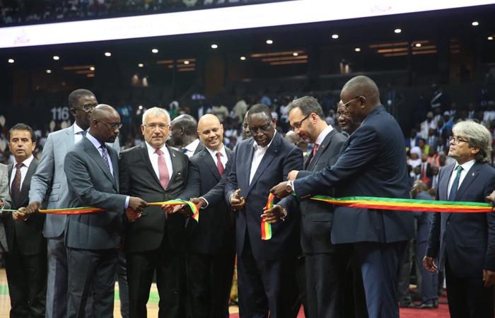 Eximbank'ın finanse ettiği Dakar Arena açıldı