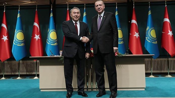 Kazakistan'la 5 anlaşma imzalandı