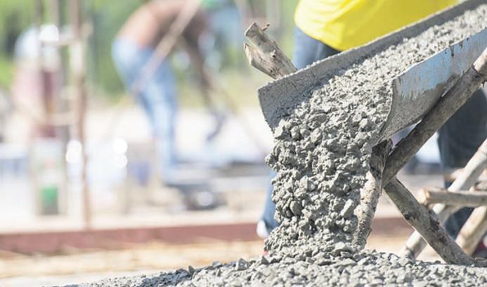 Çimentoda üretim yarı yarıya azaldı