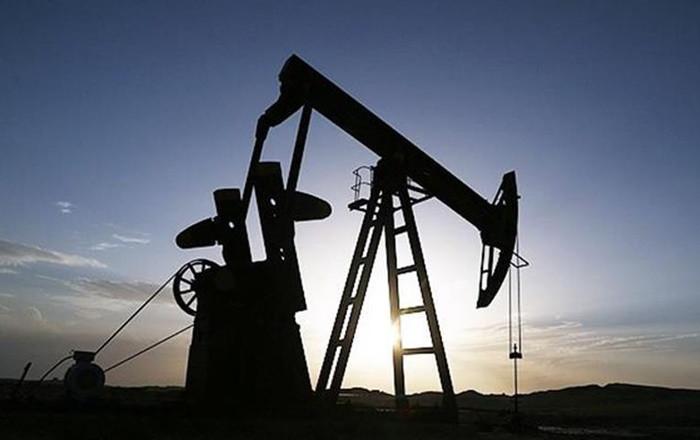 Petrol fiyatları 56 dolar seviyesinde