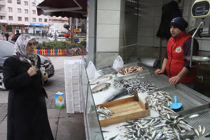 Balık fiyatları yükselişe geçti