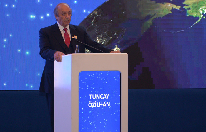 TÜSİAD YİK Başkanı Özilhan 'üç çıpa'ya işaret etti