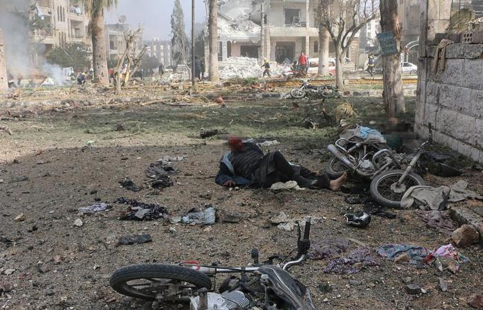 İdlib'de art arda iki bombalı saldırı:13 ölü, 50 yaralı