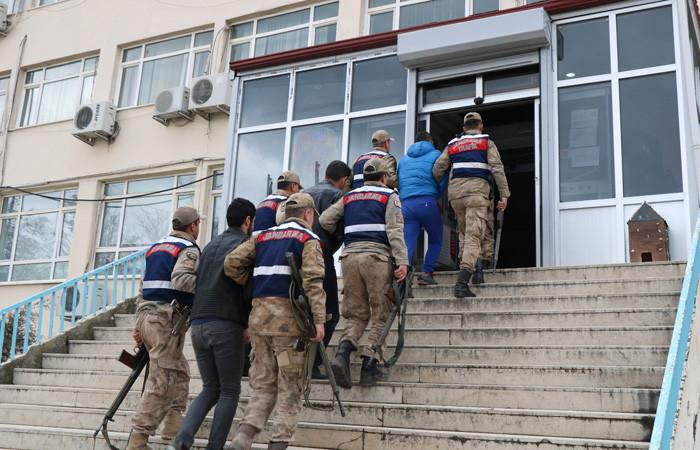 Metropollere saldırı için gönderilen 3 PKK'lı terörist yakalandı