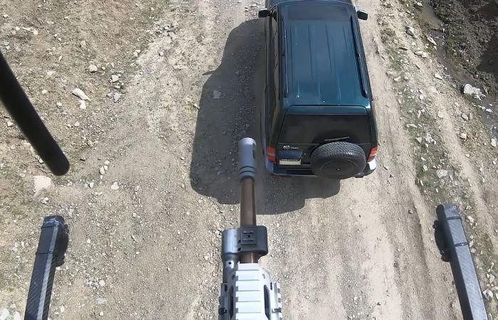 Konvoy güvenliği için silahlı drone