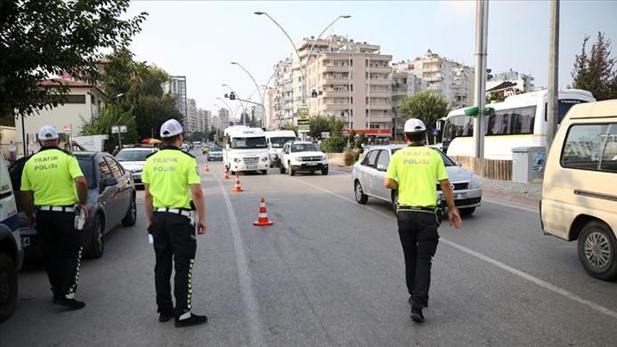 Bayramda 116 bin 236 trafik personeli görev yapacak