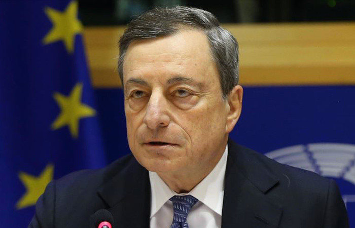 Draghi: Aşağı yönlü riskler devam edecek