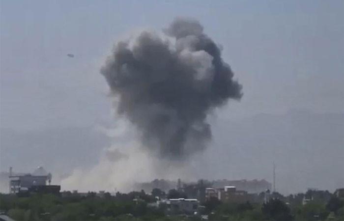 Afganistan'da bomba yüklü araçla saldırı: En az 20 ölü