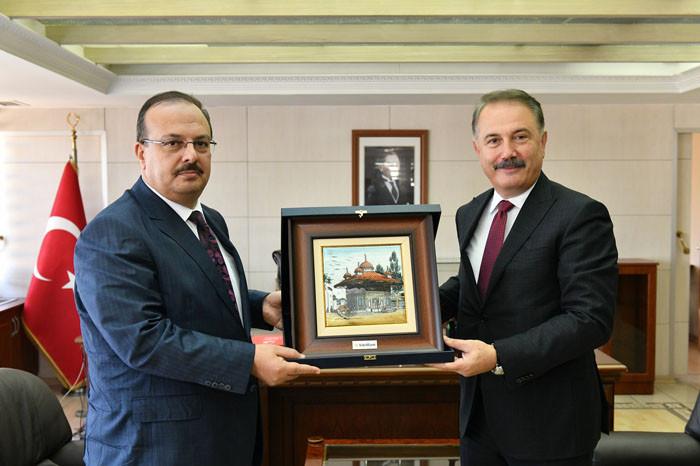 """""""Bursa'yı kararlılıkla destekliyoruz"""""""