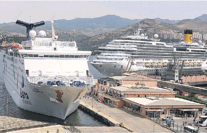 İzmir, kruvaziyer turizmde eski günlerine Galataport'la dönecek